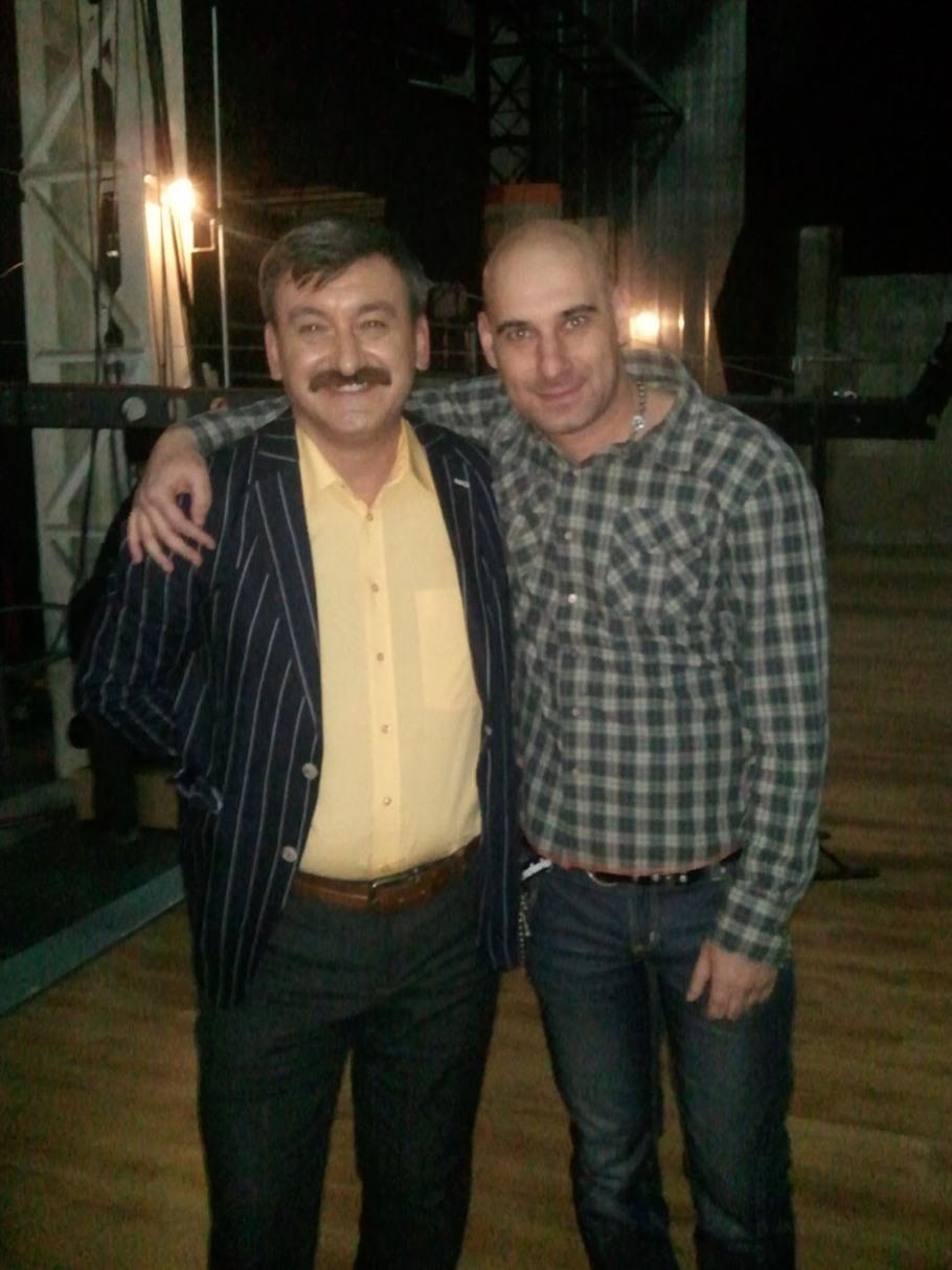 """Vichi si Constantin Trofin in timpul emisiunii """"La mustata"""""""